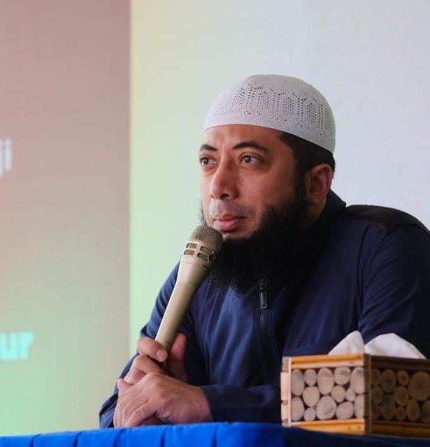 Jadwal Kajian Rutin Ustadz Khalid Basalamah - Uloom Indonesia