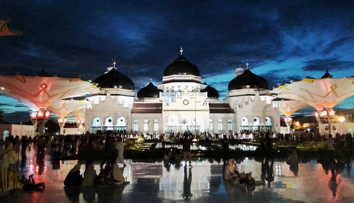 Masjid Raya Baiturrahman Uloom Indonesia